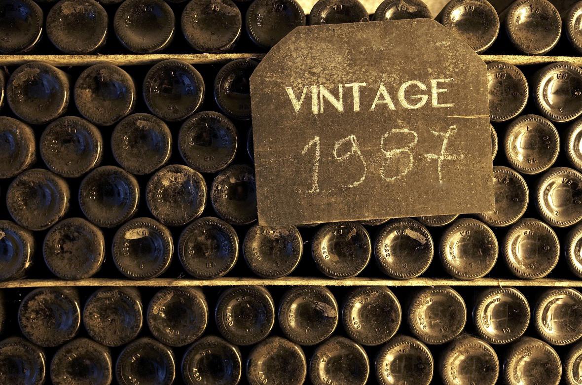 garrafeira clásica de vintages